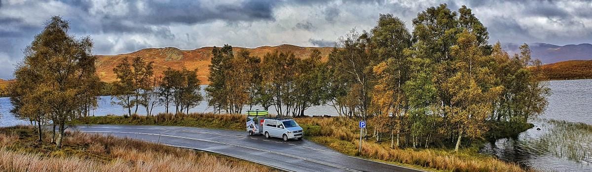 Red SUP VW & Box Trailer at Loch Tarff 1200×350